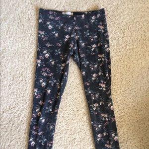 Floral print leggings! <3